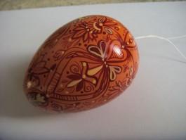 Großes Ei in apricot, weinrot und pastellorange
