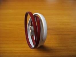 Doppeltes Armband in weiß und rot