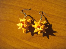 Weihnachtssternhänger in gelb und orange
