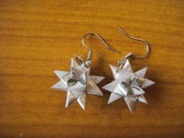 Glitzernde Weihnachtssternhänger in silber