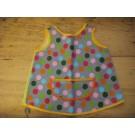 Kinderschürze aus Punktestoff mit Tasche
