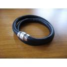 Armband 1 Band zweifach umwickelt aus schwarzem Leder